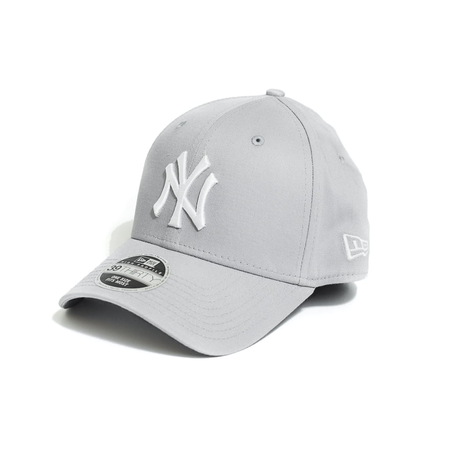 Boné New Era 3930 HC NY Yankees MLB Aba Curva Cinza Fechado