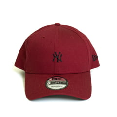 Boné New Era 940 SN Mini Logo NY Yankees MLB Aba Curva Bordô Snapback