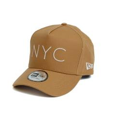 Boné New Era 940 Sn NYC Aba Curva Marrom Snapback